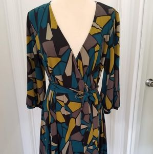 Elle size L Faux Wrap Midi Dress